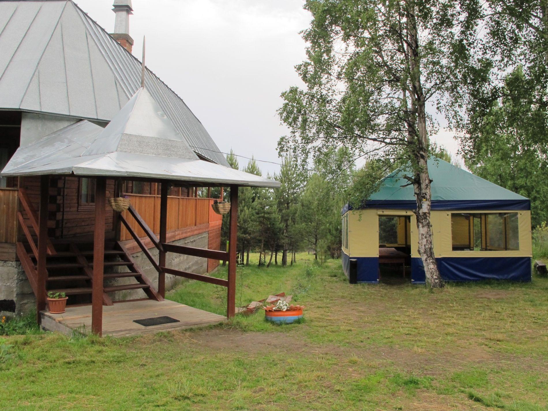 База отдыха «Кругобайкальская» Иркутская область Улучшенный 2-местный номер, фото 1
