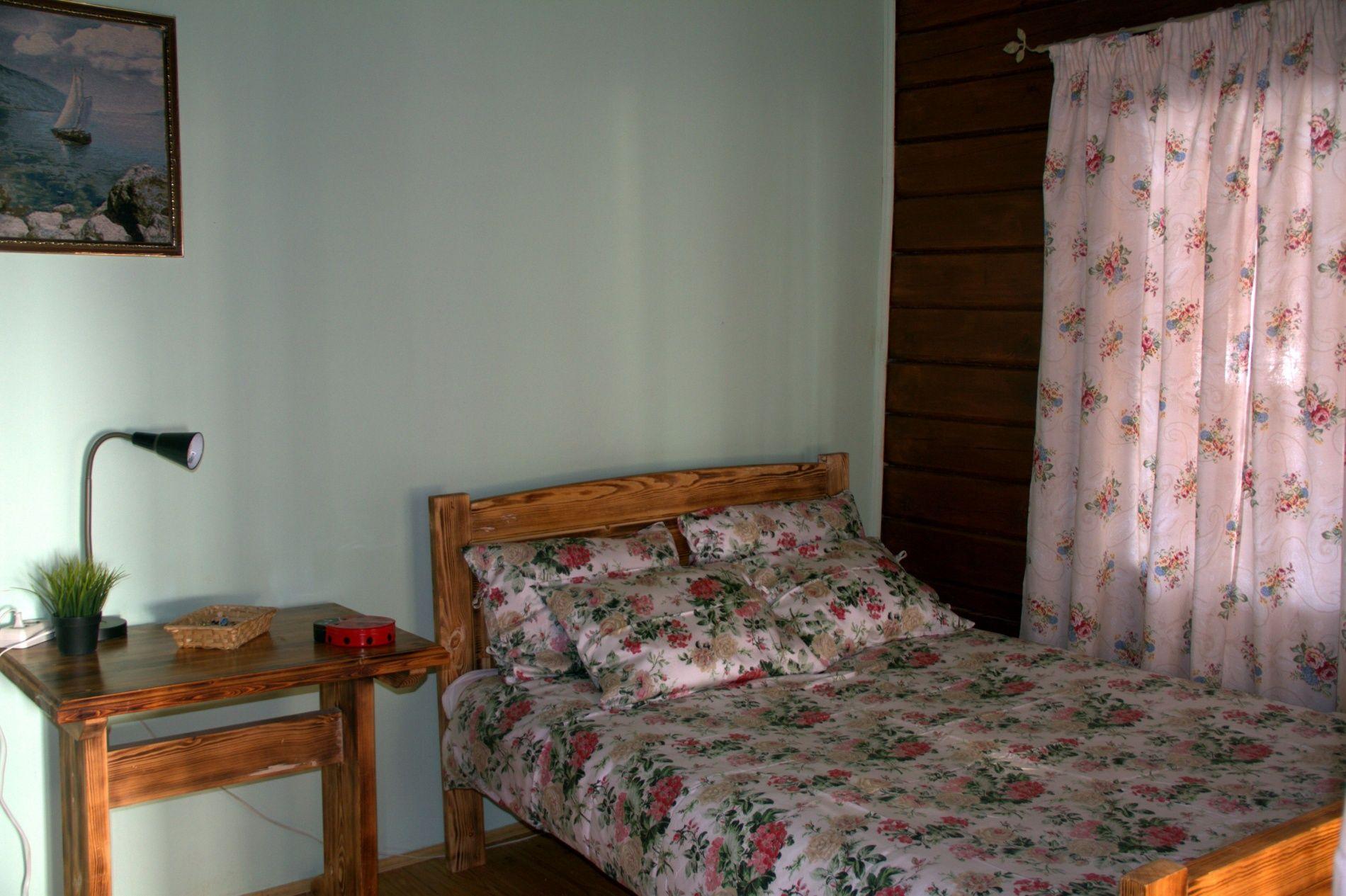 База отдыха «Кругобайкальская» Иркутская область Улучшенный 2-местный номер, фото 6
