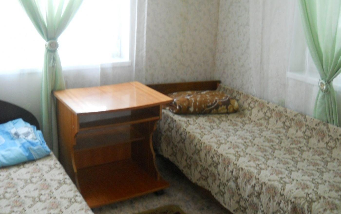 Турбаза «Серебряный источник» Иркутская область Шестиместный благоустроенный домик, фото 2