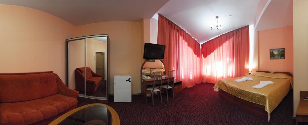 Отель «Домик Охотника» Ленинградская область Номер «Полулюкс +», фото 1