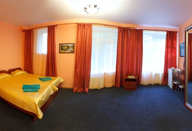 Отель «Домик Охотника» Ленинградская область Номер «Полулюкс», фото 3