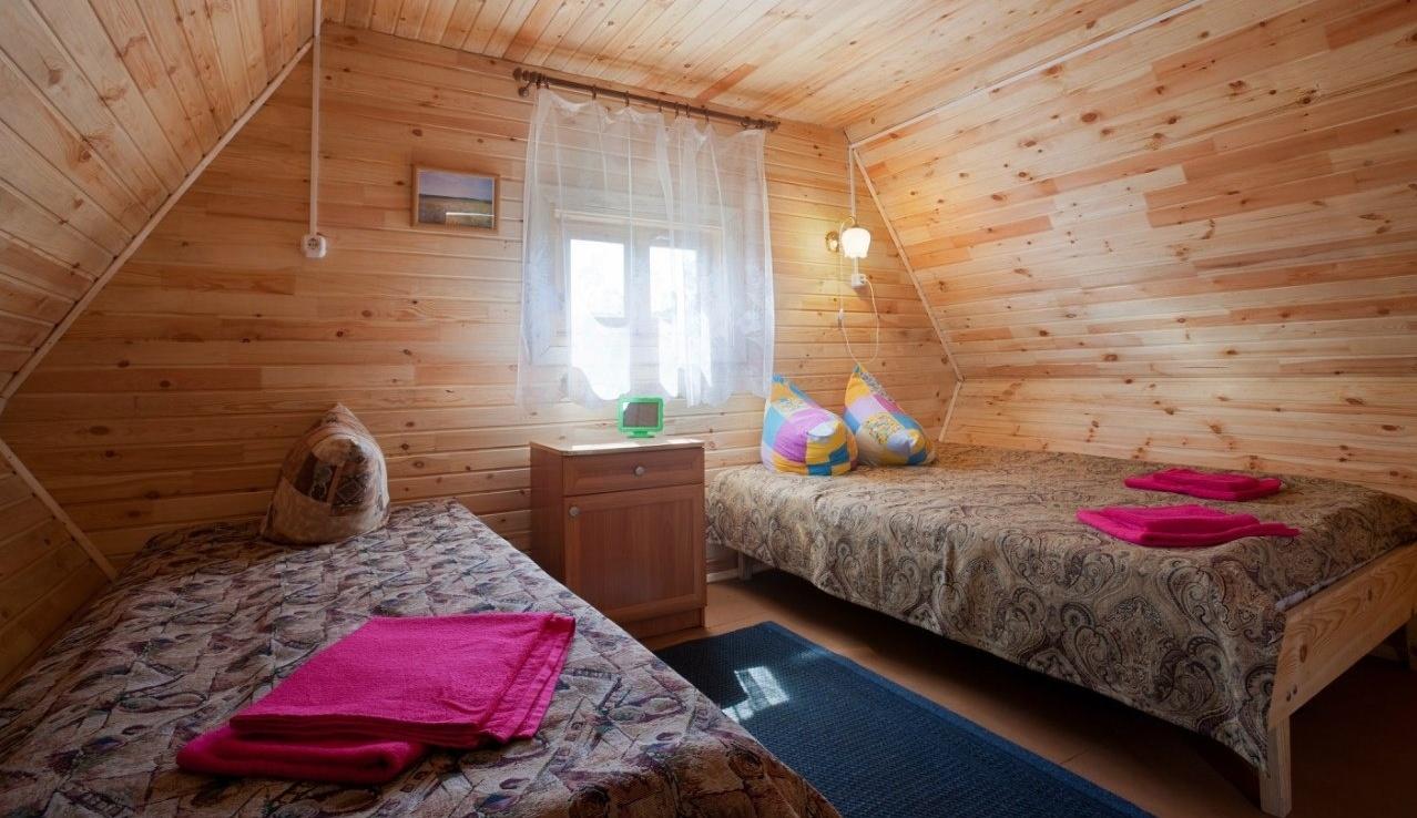 База отдыха «Белый лебедь» Новосибирская область Летний домик 3-местный, фото 2
