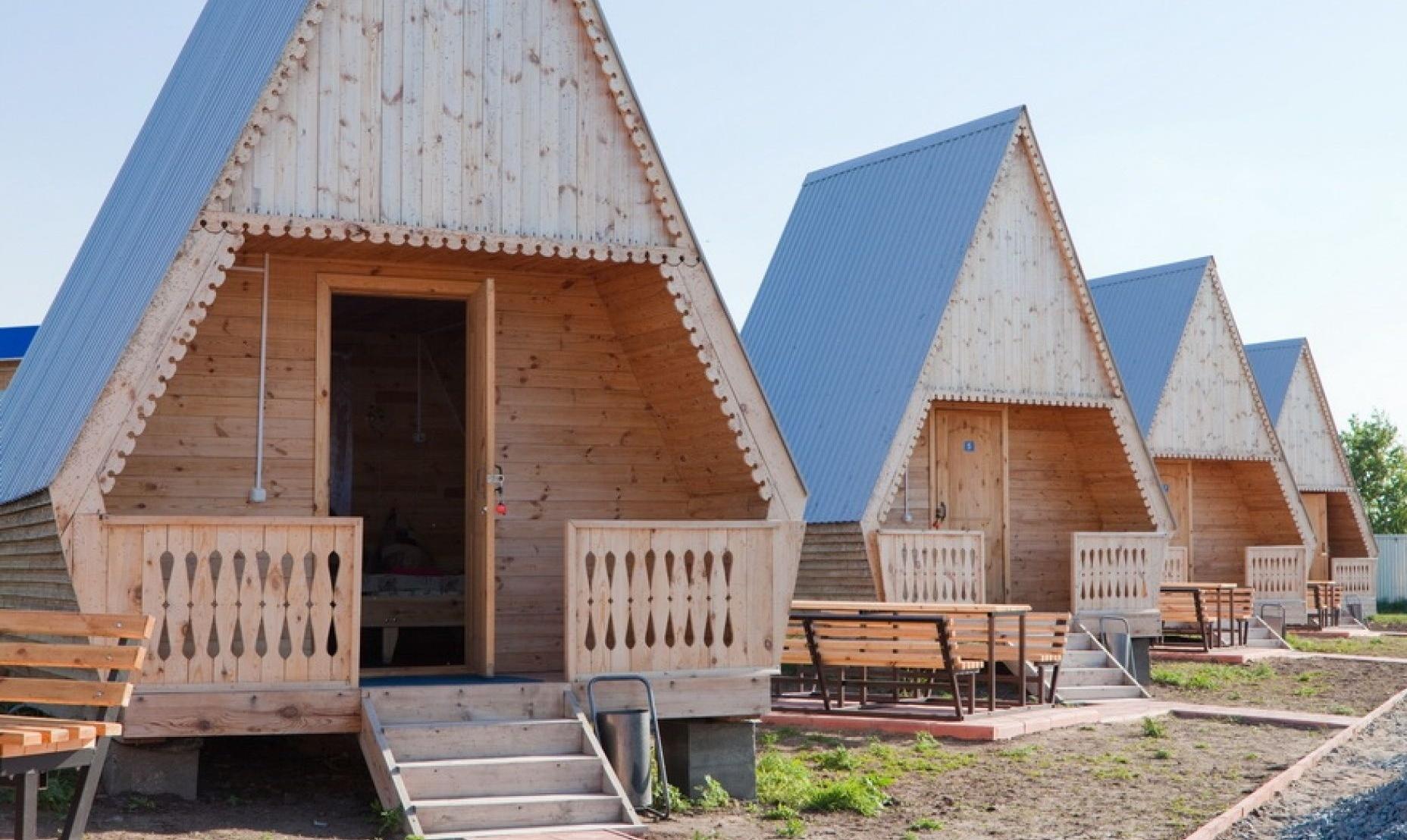 База отдыха «Белый лебедь» Новосибирская область Летний домик 3-местный, фото 1