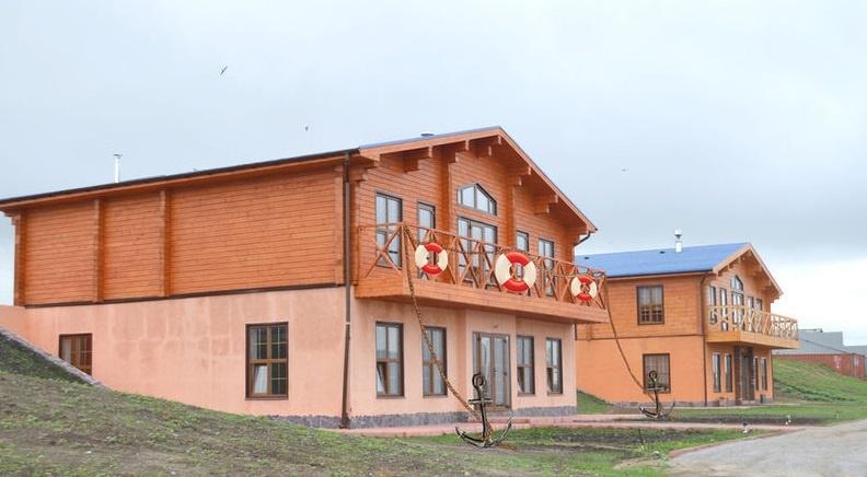 База отдыха «Белый лебедь» Новосибирская область Дом «Морской», фото 1