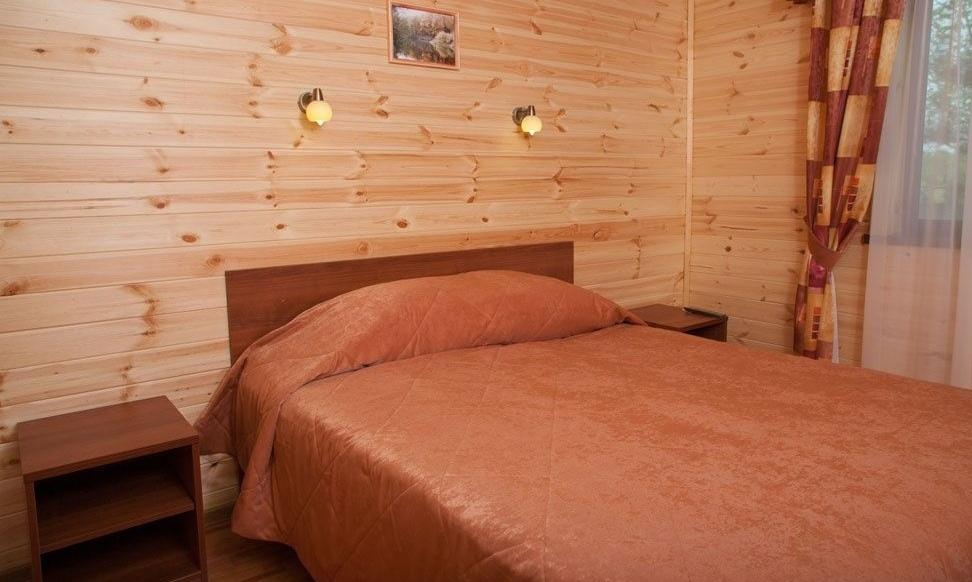Загородный отель «Река Чаек» Нижегородская область Номер «Де Люкс» двухкомнатный, фото 1