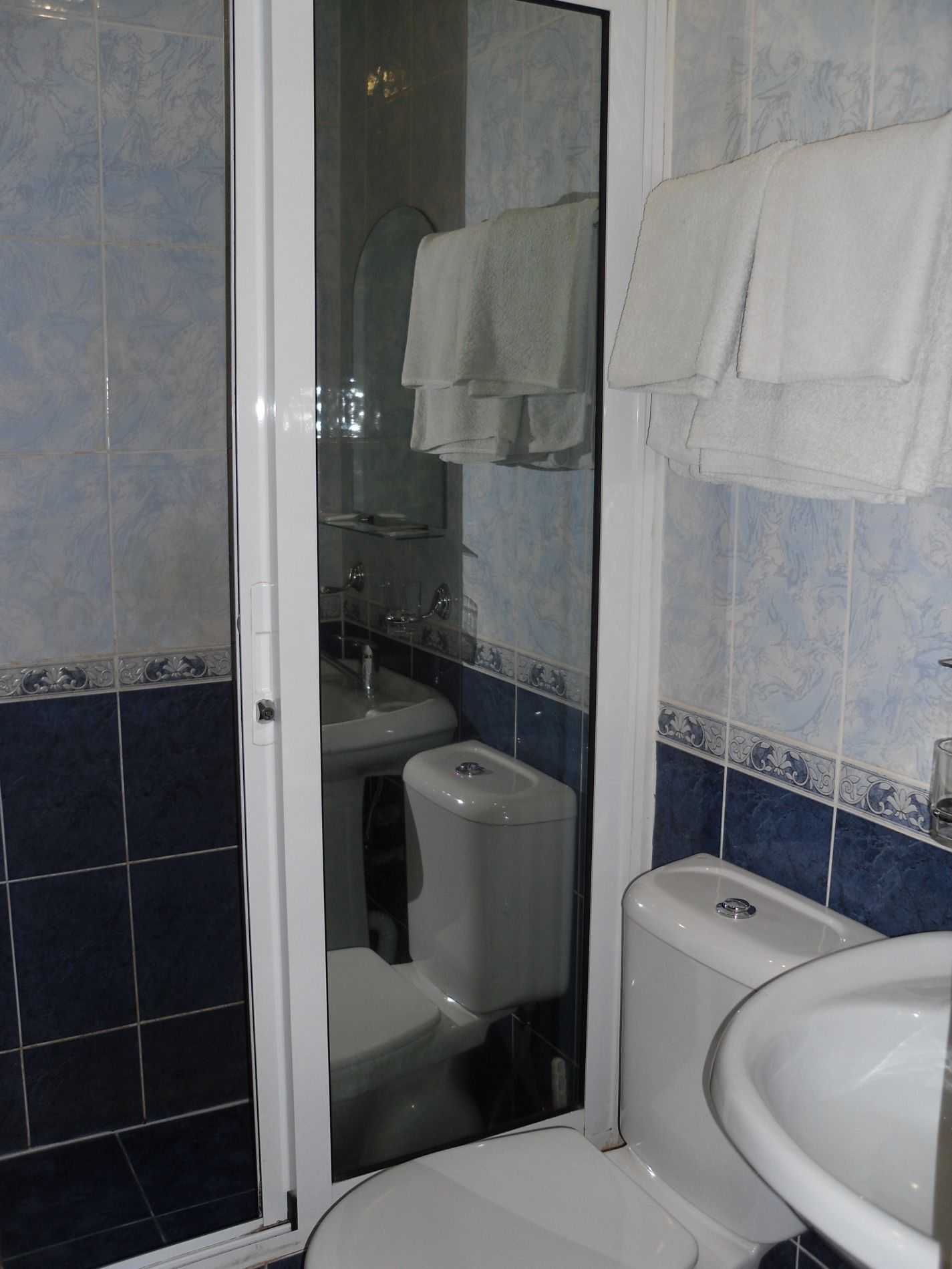 Туристический комплекс «Мирная Пристань» Ивановская область 2-комнатный номер 1 категории (№ 2, 5, 7), фото 8