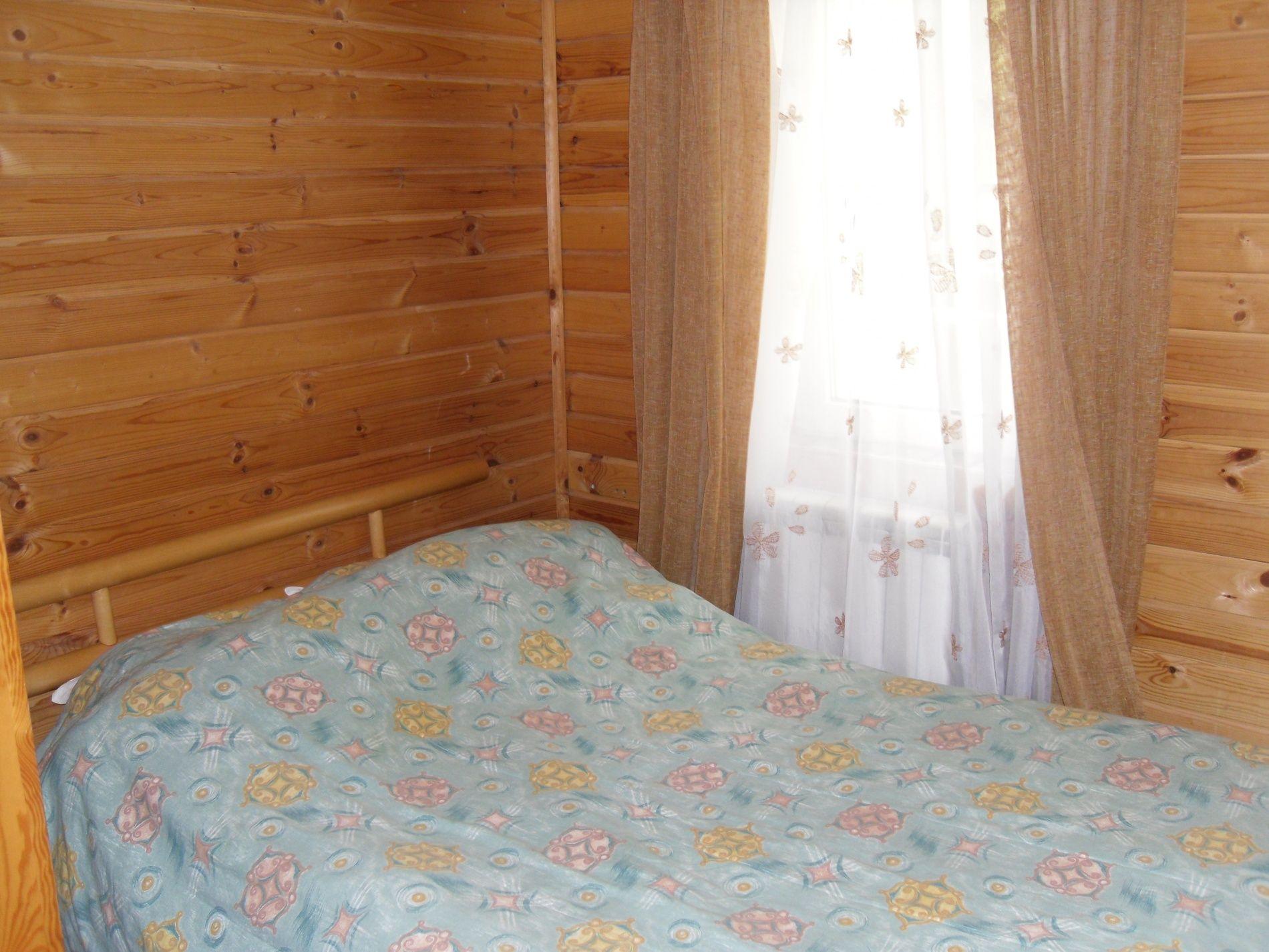 Туристический комплекс «Мирная Пристань» Ивановская область 1-комнатный номер 1 категории (№ 4, 6, 19, 10), фото 2