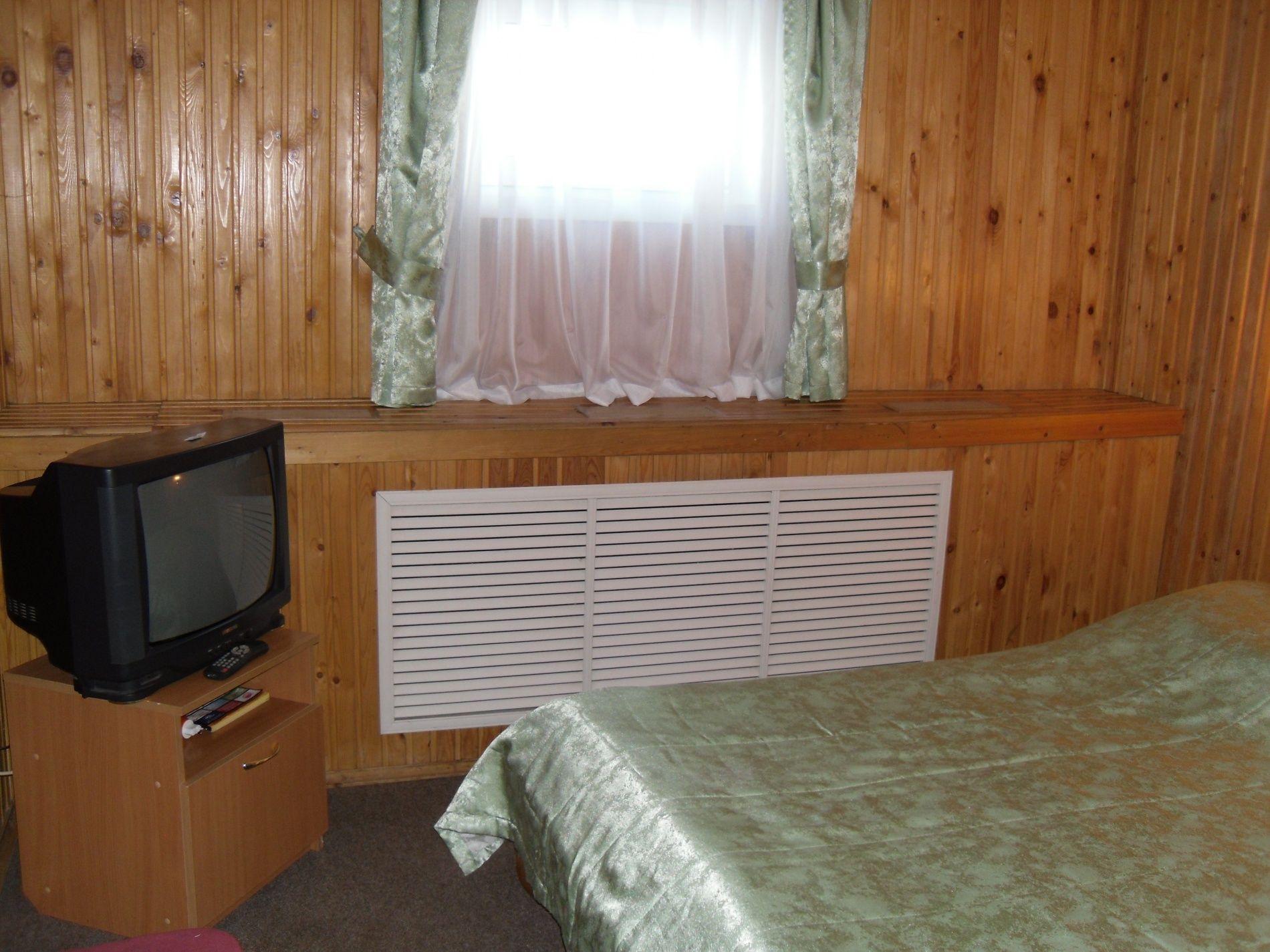 Туристический комплекс «Мирная Пристань» Ивановская область 2-комнатный номер 1 категории (№ 2, 5, 7), фото 4