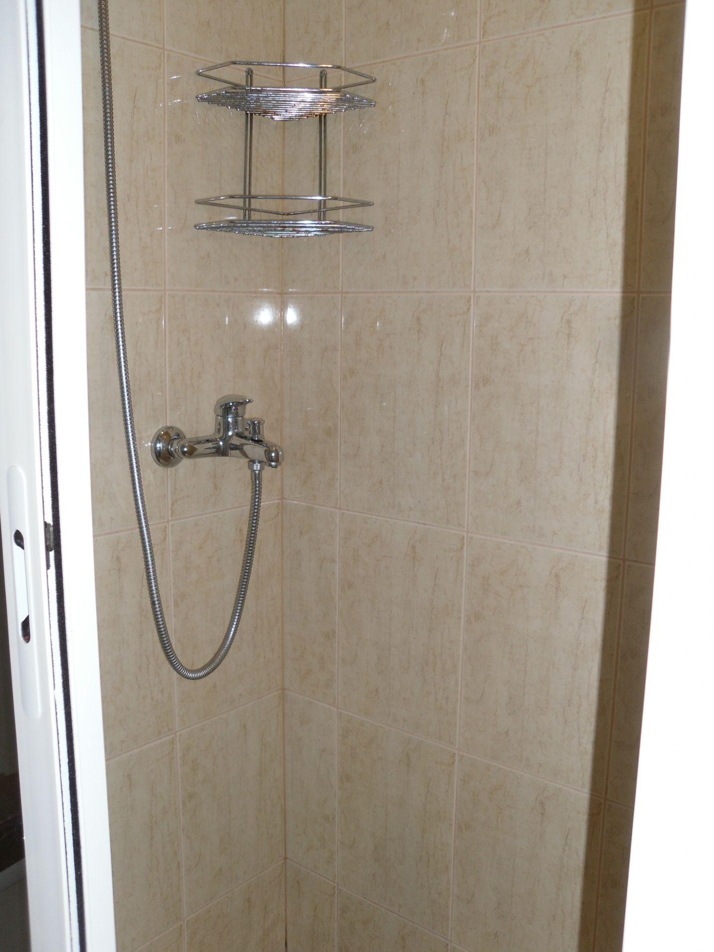 Туристический комплекс «Мирная Пристань» Ивановская область 1-комнатный 4-местный номер 1 категории (№ 3), фото 9