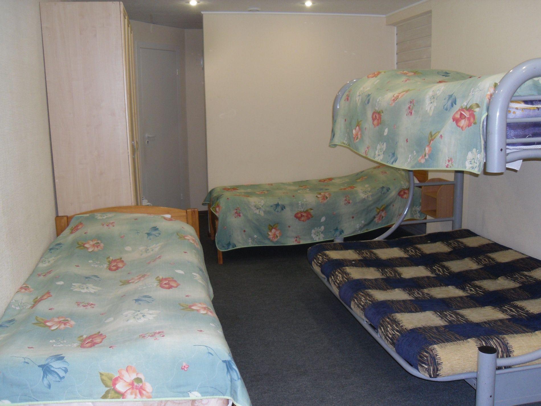 Туристический комплекс «Мирная Пристань» Ивановская область 1-комнатный 4-местный номер 1 категории (№ 3), фото 1