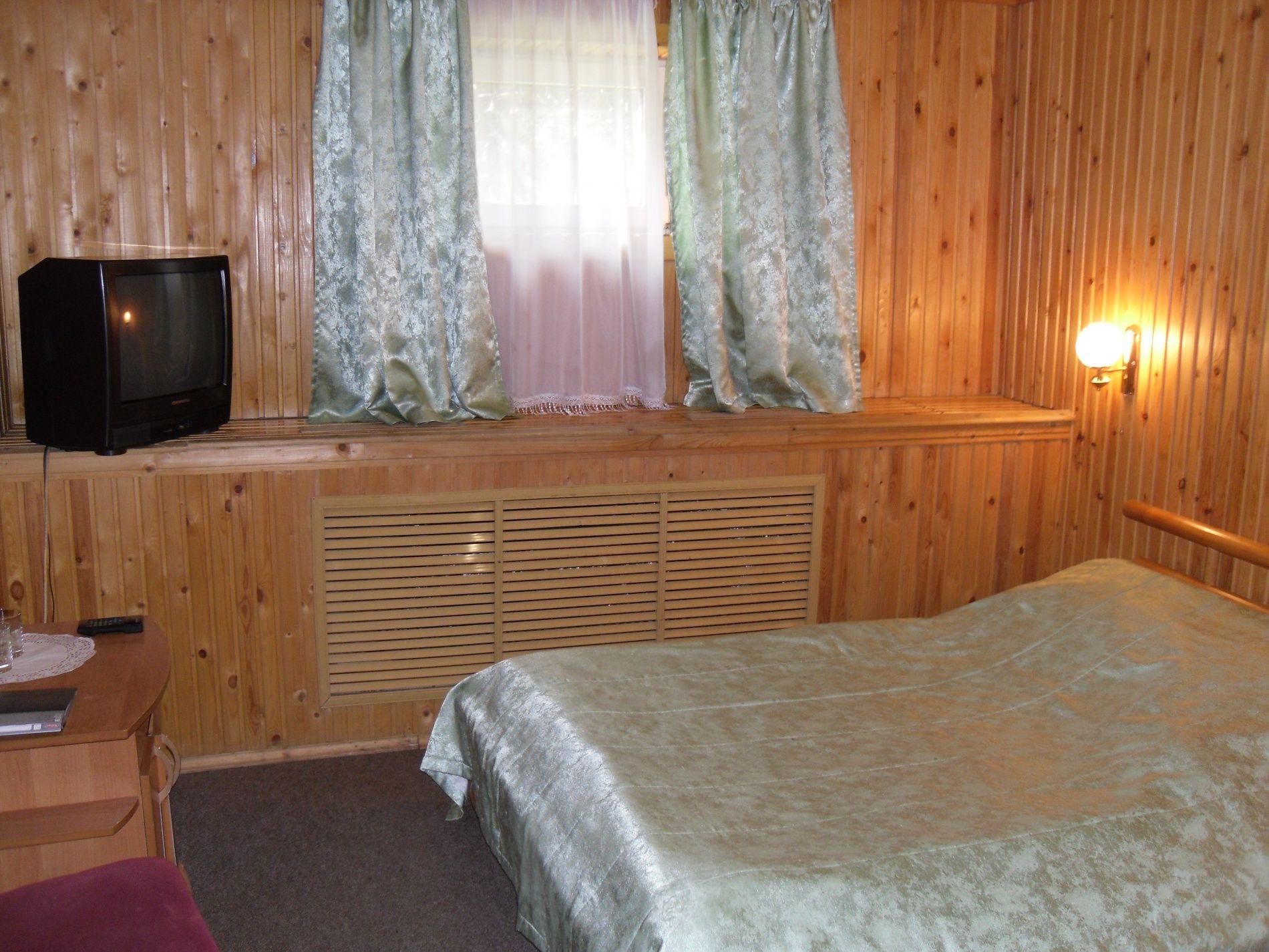 Туристический комплекс «Мирная Пристань» Ивановская область 1-комнатный номер 1 категории (№ 4, 6, 19, 10), фото 5