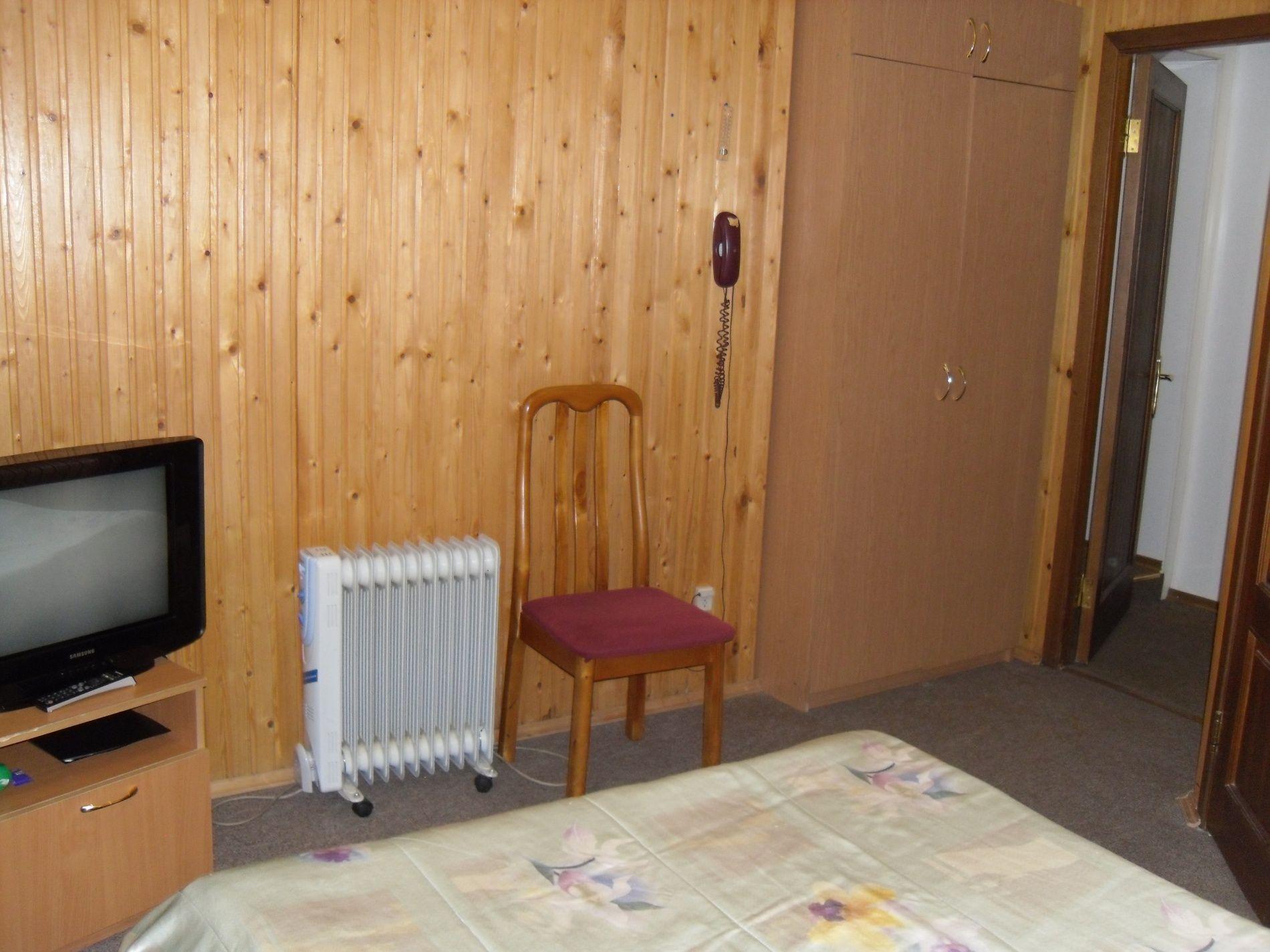 Туристический комплекс «Мирная Пристань» Ивановская область 1-комнатный номер 1 категории (№ 4, 6, 19, 10), фото 7