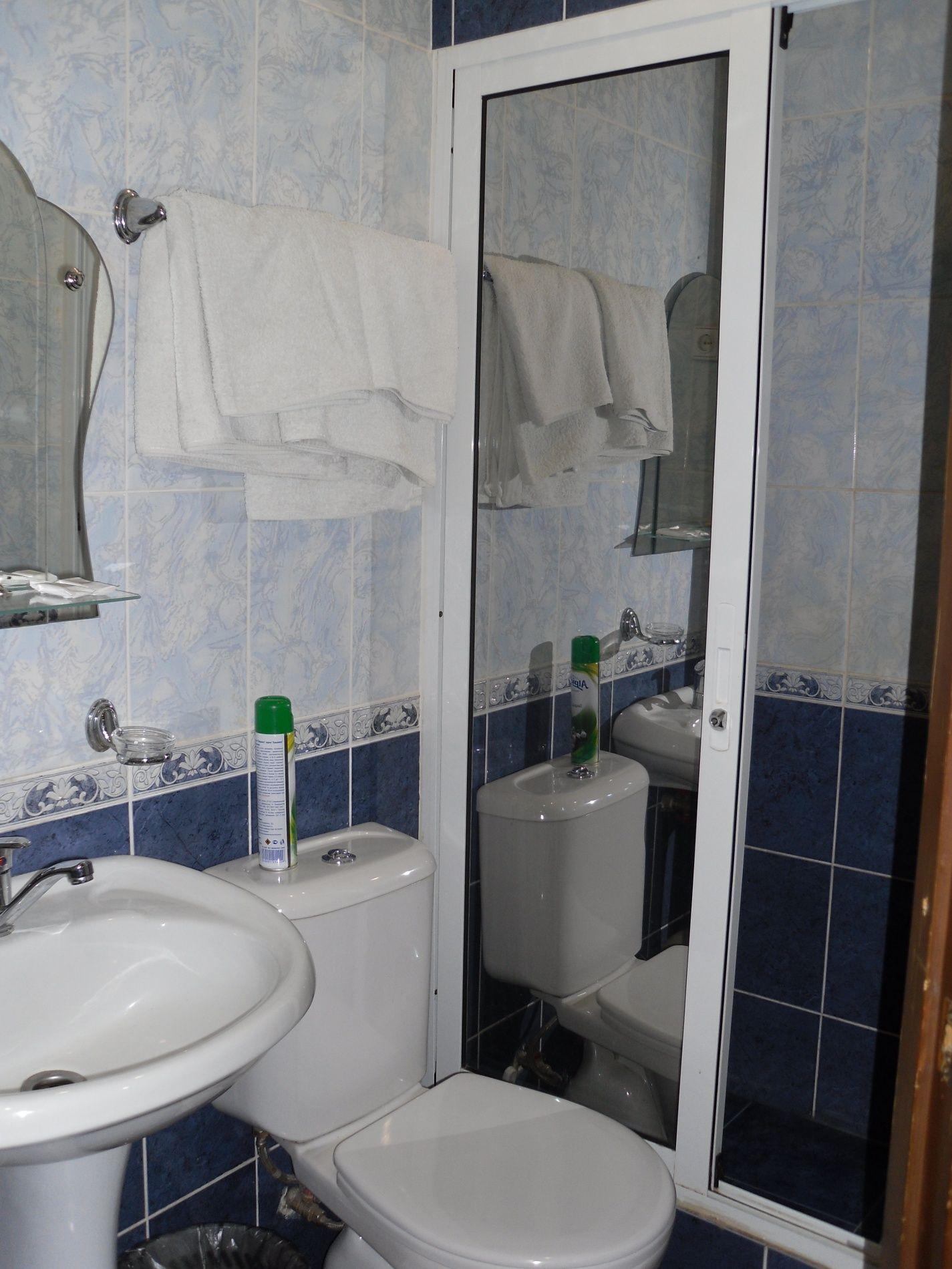 Туристический комплекс «Мирная Пристань» Ивановская область 2-комнатный номер 1 категории (№ 2, 5, 7), фото 9
