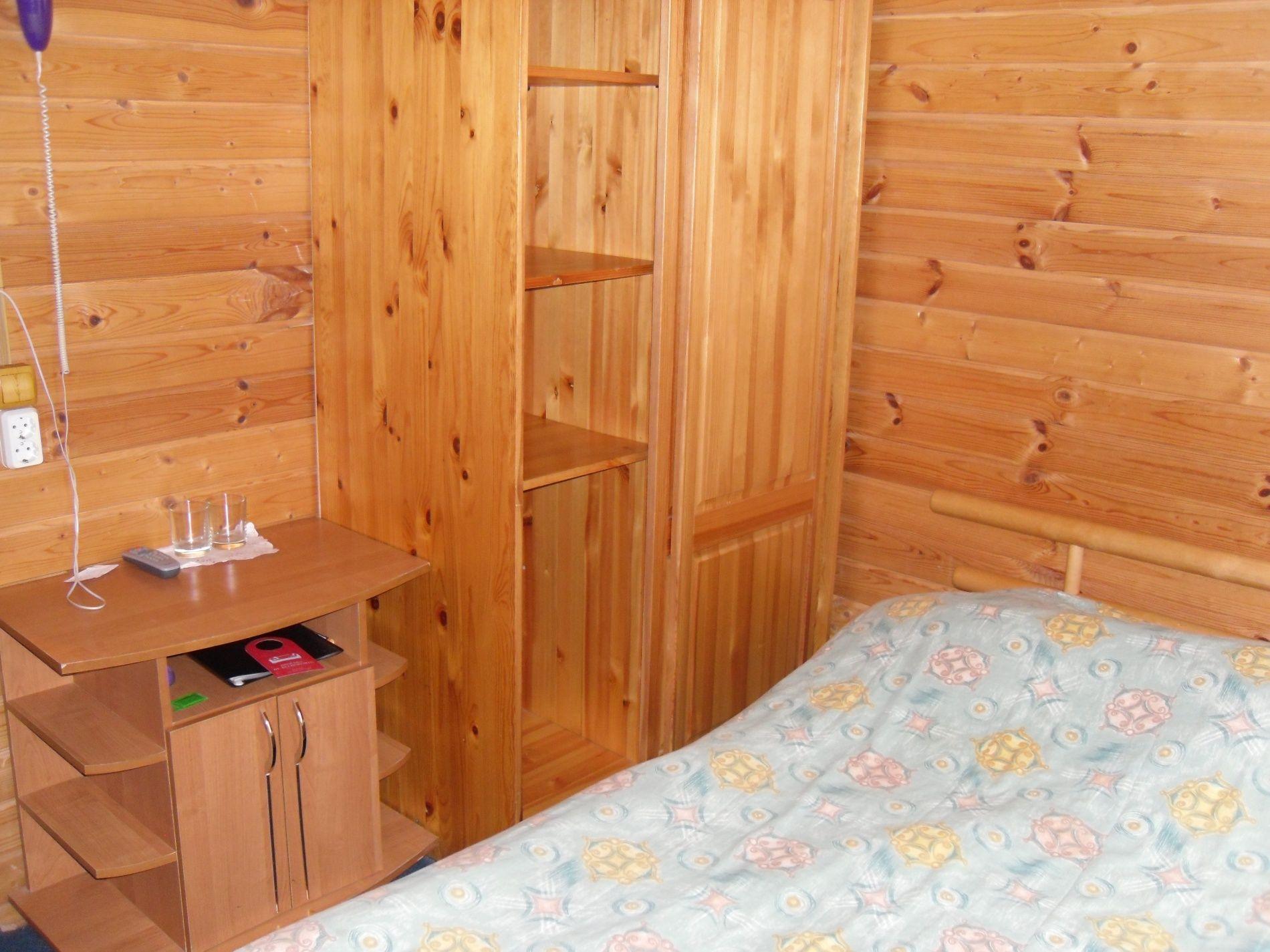 Туристический комплекс «Мирная Пристань» Ивановская область 1-комнатный номер 1 категории (№ 4, 6, 19, 10), фото 6