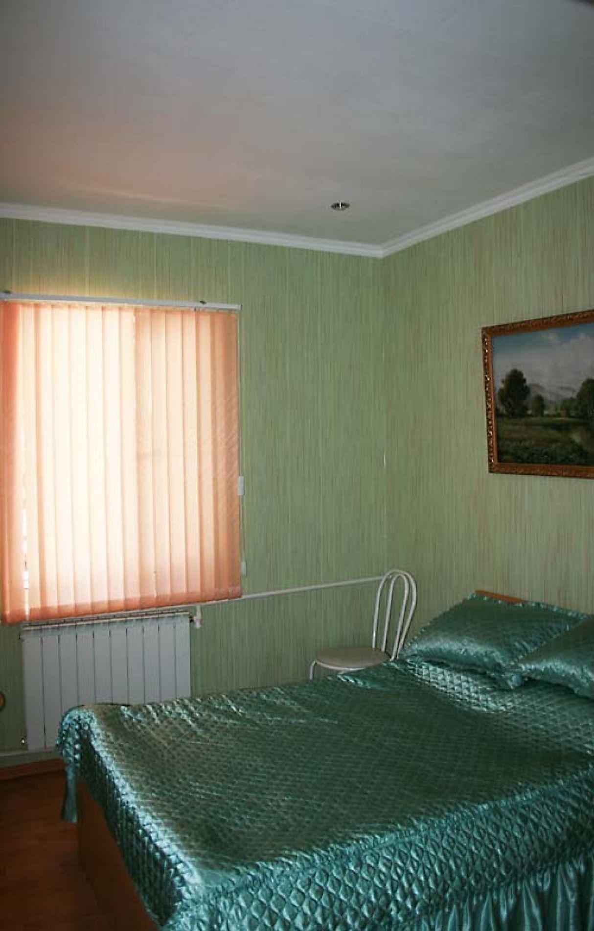 Турбаза «Комбат» Карачаево-Черкесская Республика Номер VIP 4-местный в гостиничном коттедже, фото 1