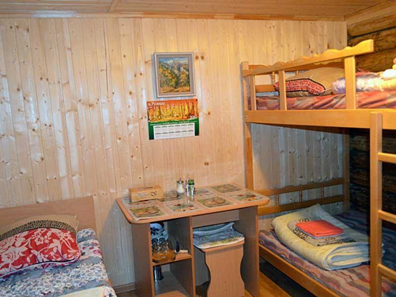 Турбаза «Комбат» Карачаево-Черкесская Республика Номер 3-местный в гостиничном срубе, фото 2