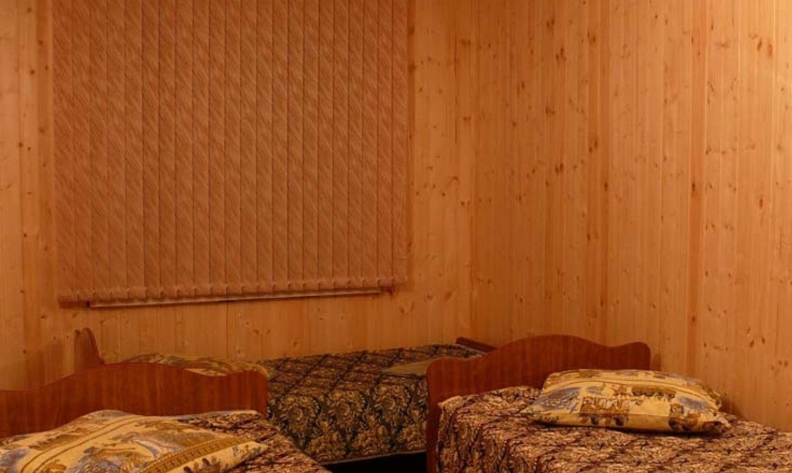 """Рыболовно-охотничья база """"Пеликан"""" Астраханская область Дом 5-местный, фото 1"""
