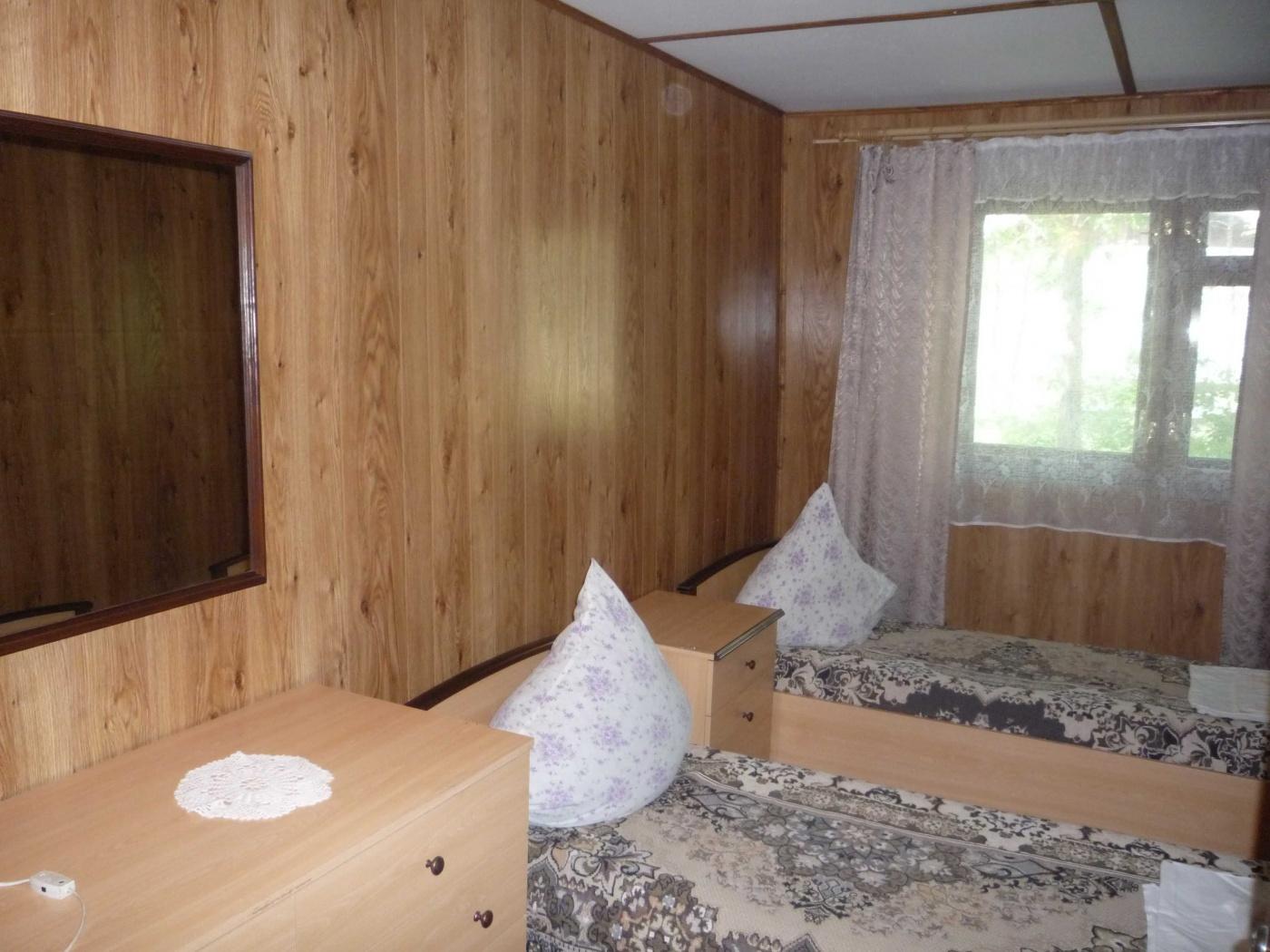 База отдыха «Парус» Астраханская область Домик № 12 («Заречный»), фото 2