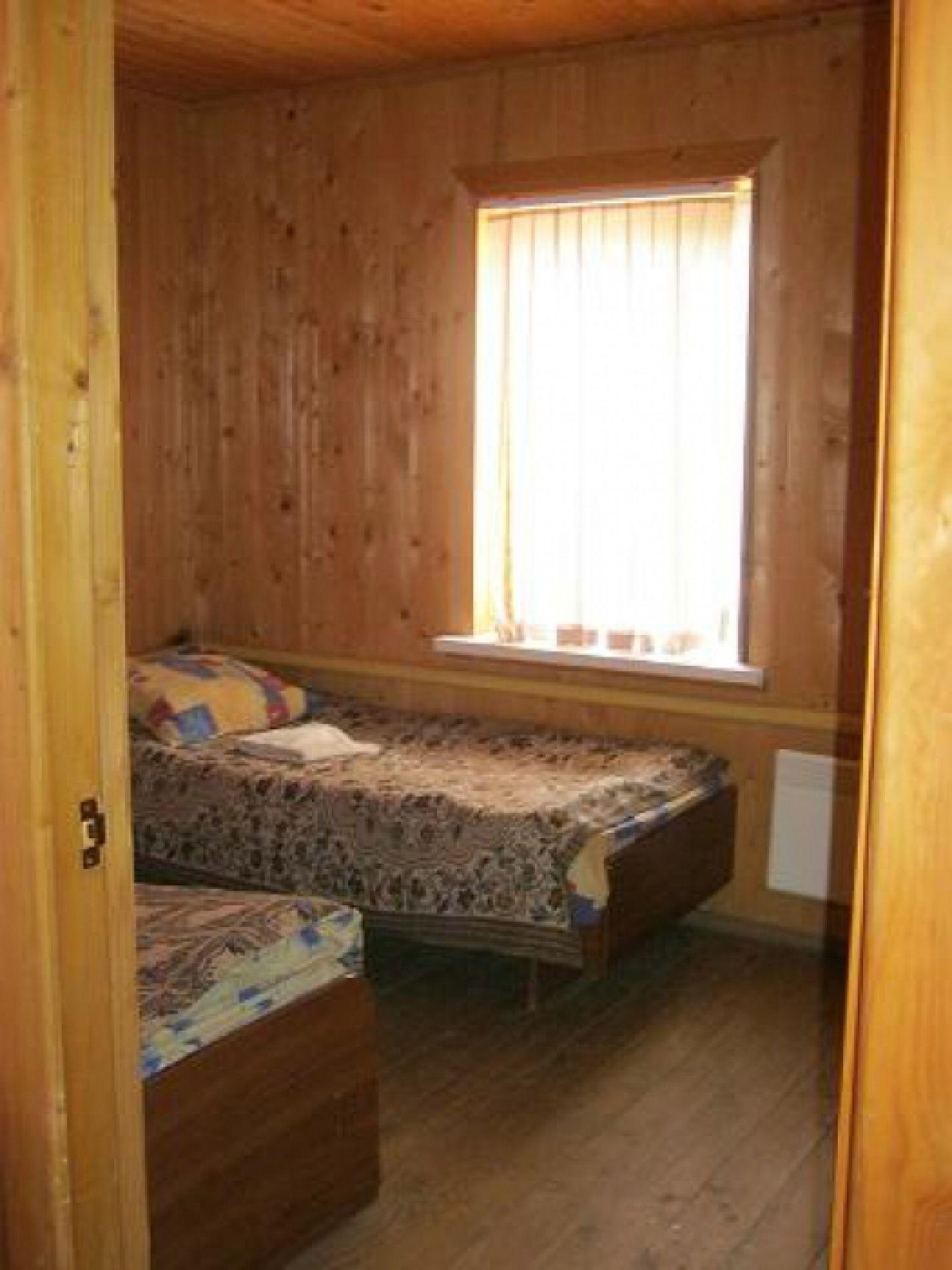 """База отдыха """"Клёвый берег"""" Астраханская область 3-комнатный 5-местный номер стандарт, фото 6"""