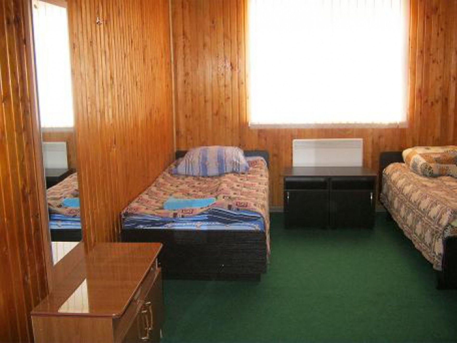 """База отдыха """"Клёвый берег"""" Астраханская область 1-комнатный 5-местный (расширенный) номер стандарт, фото 6"""