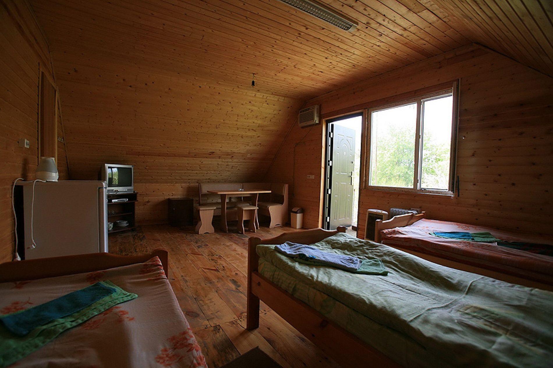 База отдыха «Дом на реке» Астраханская область 3-местный номер, фото 2