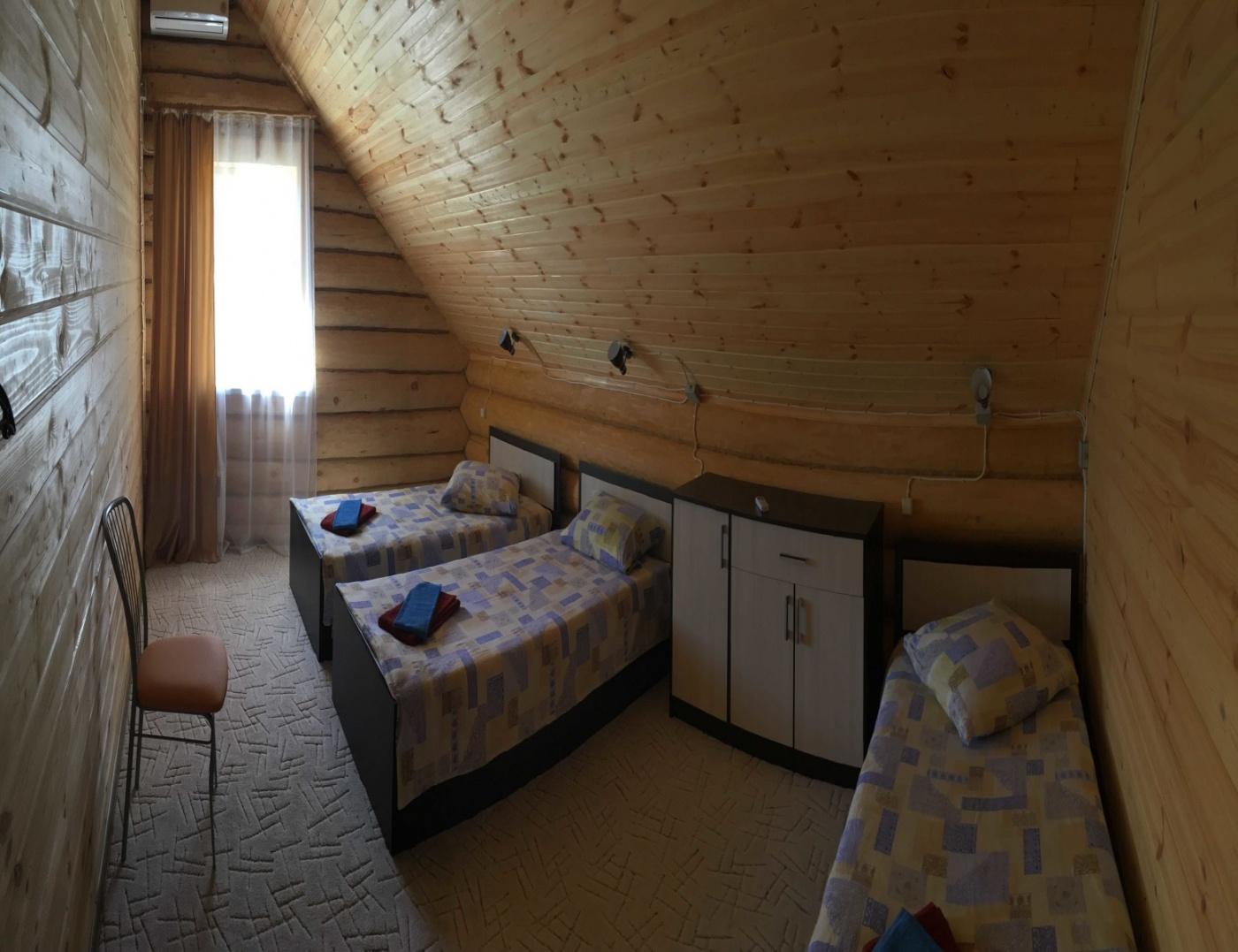 База отдыха «Лебедь» Астраханская область 8-местный коттедж «Люкс», фото 2