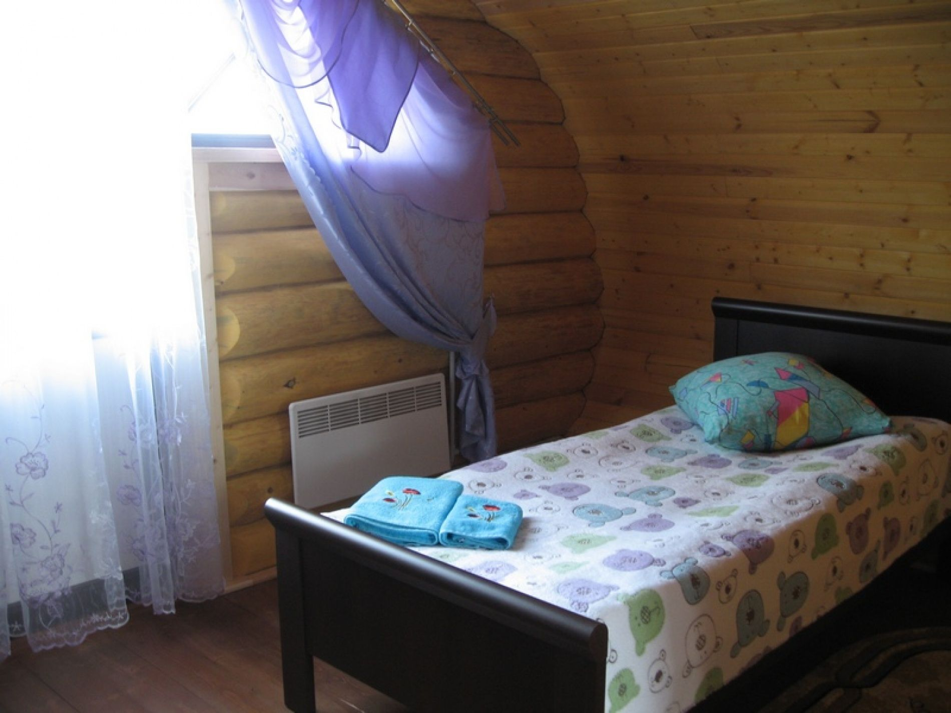 База отдыха «Зеленый Берег» Мурманская область Банановый домик 4-местный, фото 4