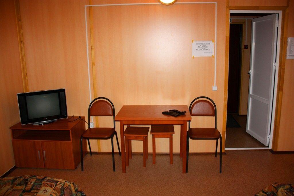 Туристический комплекс «Ботик» Ярославская область 4-местный домик «Рыбацкий двор», фото 4