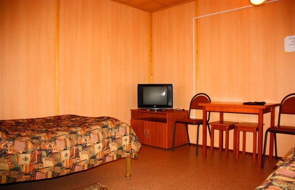 Туристический комплекс «Ботик» Ярославская область 4-местный домик «Рыбацкий двор», фото 3