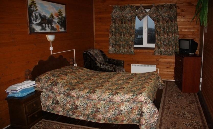 Туристический комплекс «Ботик» Ярославская область Стандартный двухместный номер с 1 кроватью №9-12, фото 1
