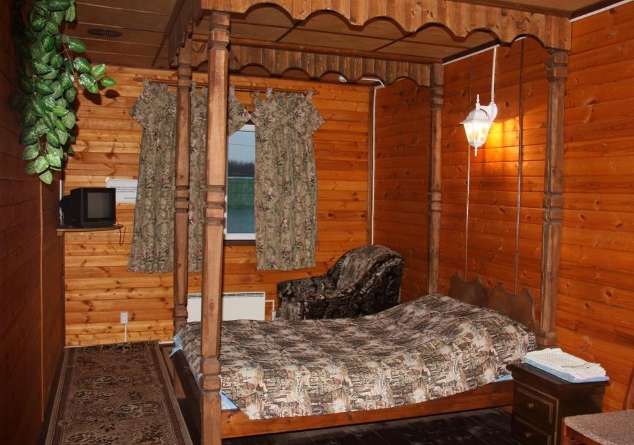 Туристический комплекс «Ботик» Ярославская область Двухместный номер с 1 кроватью и удобствами в холле №1-8, фото 1