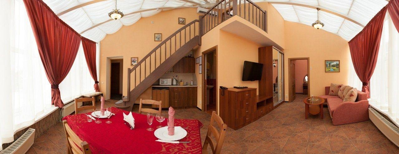 Отель «Коломяжский визит» Ленинградская область Люкс «Звездный», фото 5