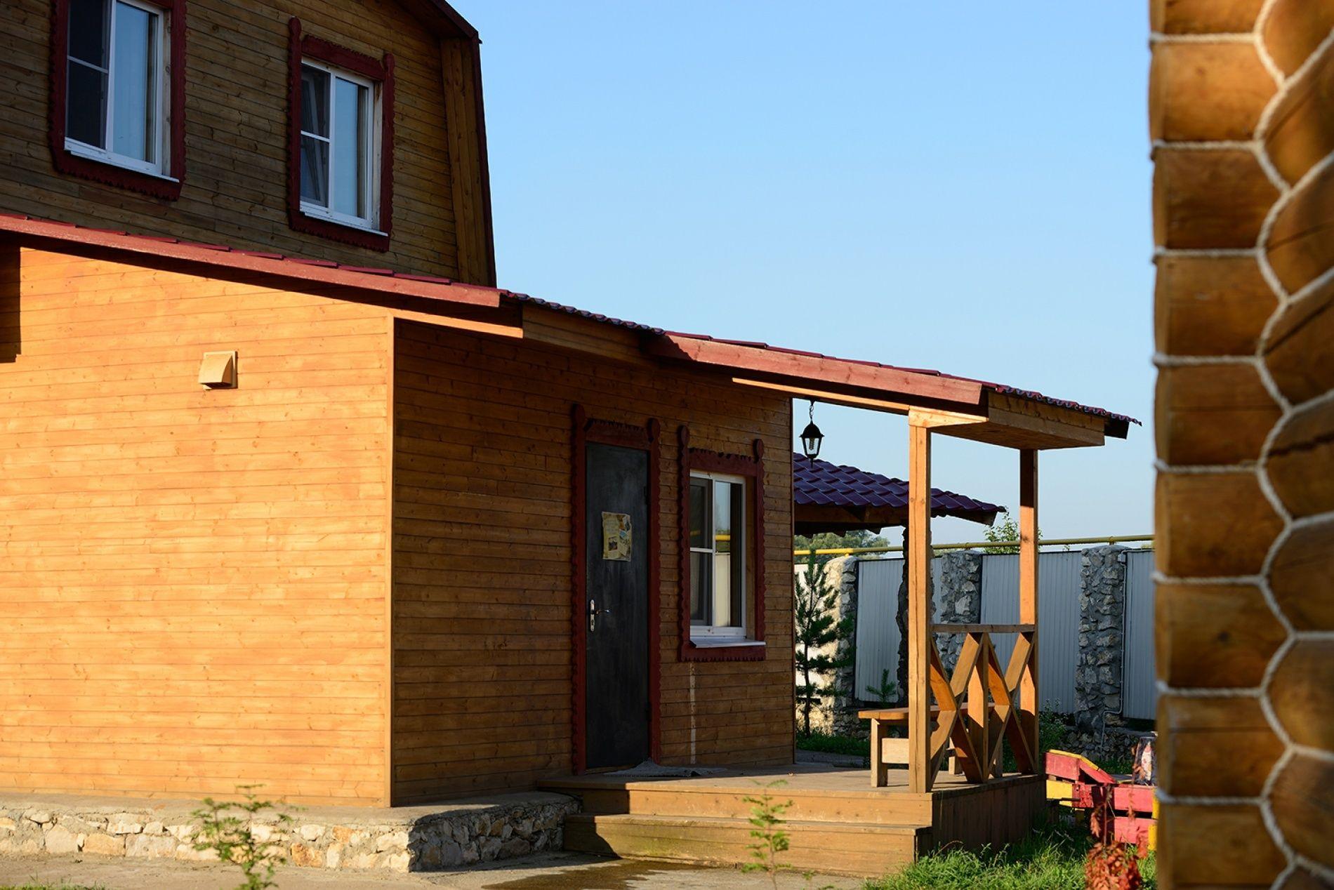 Туристическая деревня «Плетёнка» Тульская область Коттедж «Изба охотничья» (№ 11), фото 1