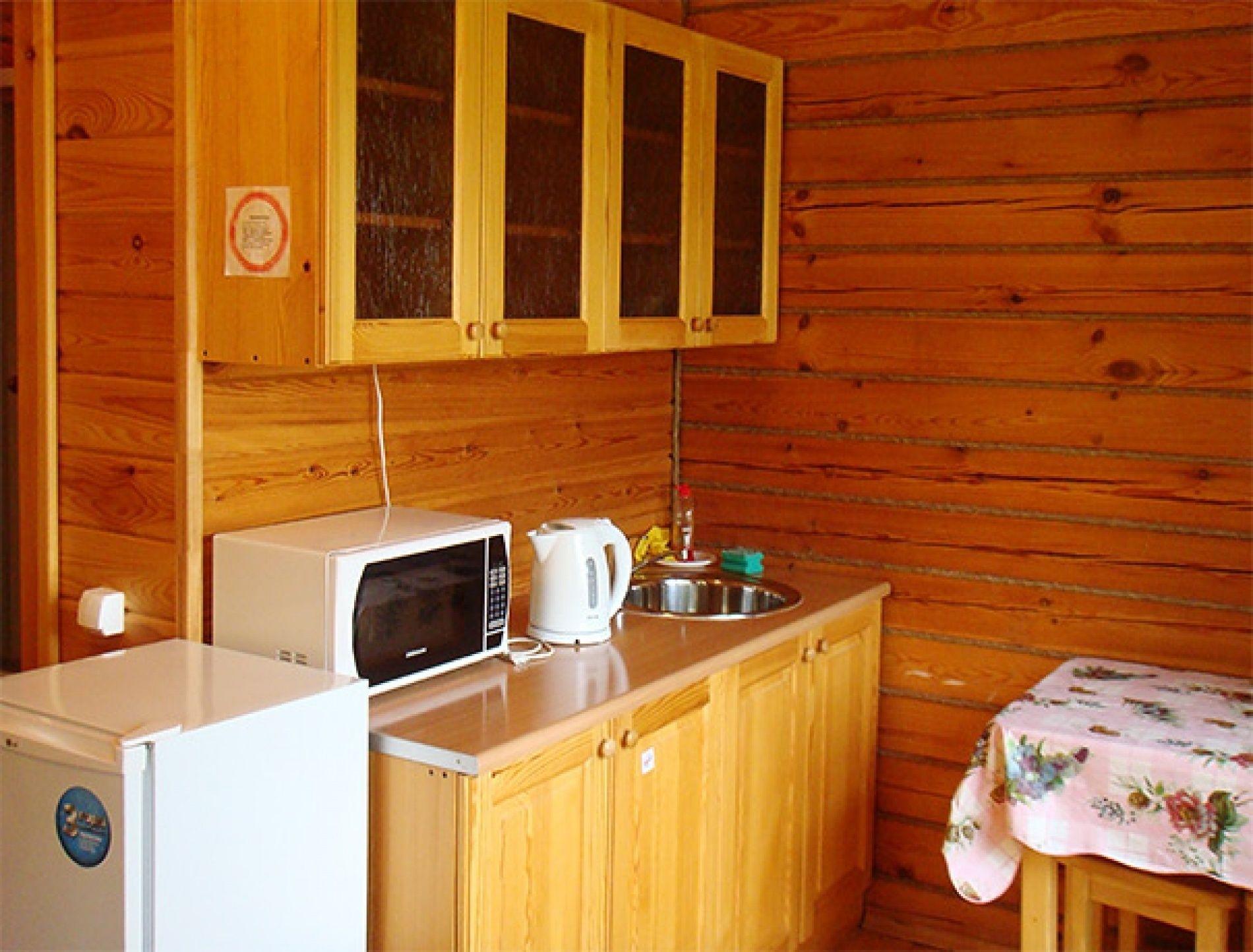 "База отдыха ""Рябинушка"" Удмуртская Республика 2-местная комната в коттедже, фото 4"