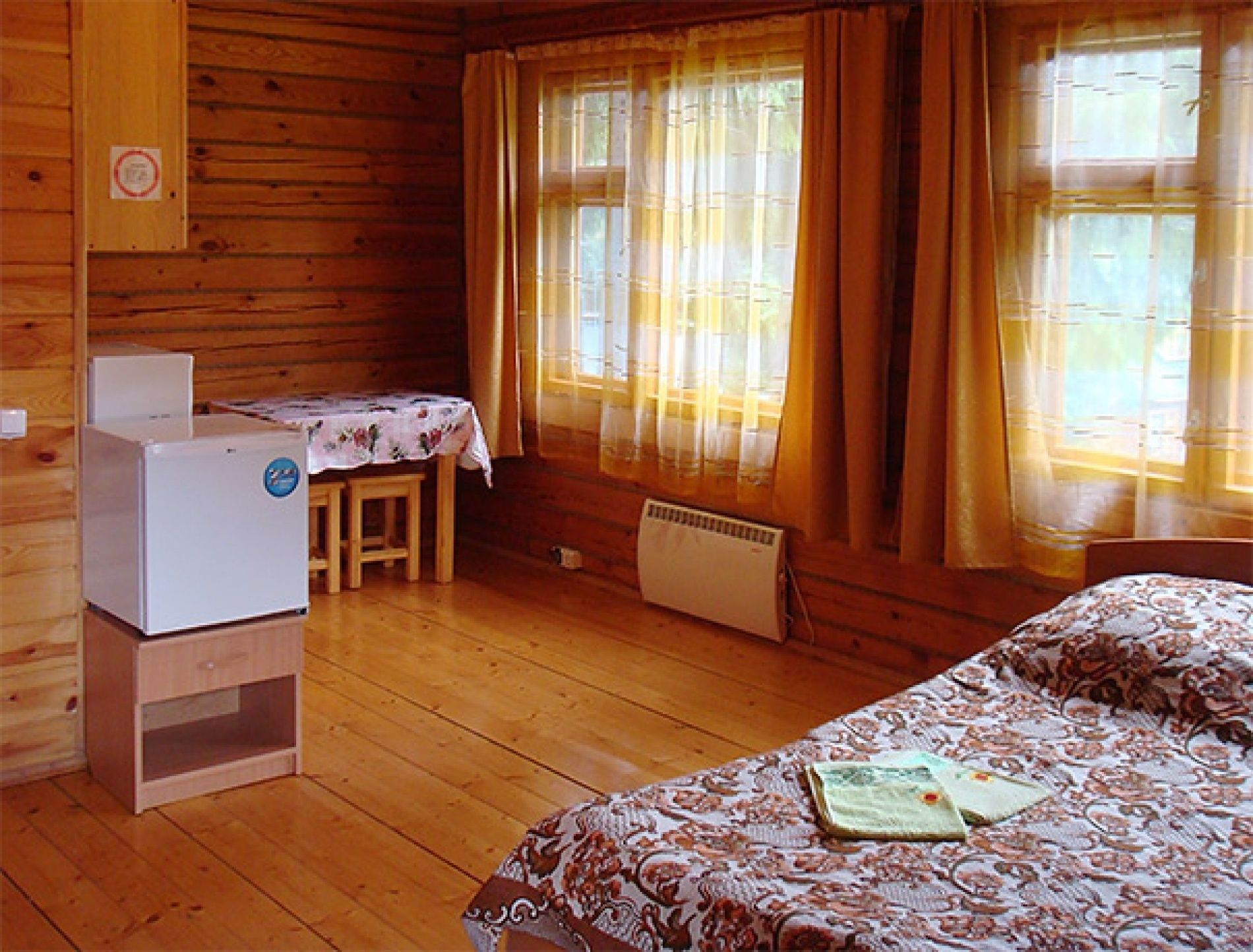 "База отдыха ""Рябинушка"" Удмуртская Республика 2-местная комната в коттедже, фото 2"