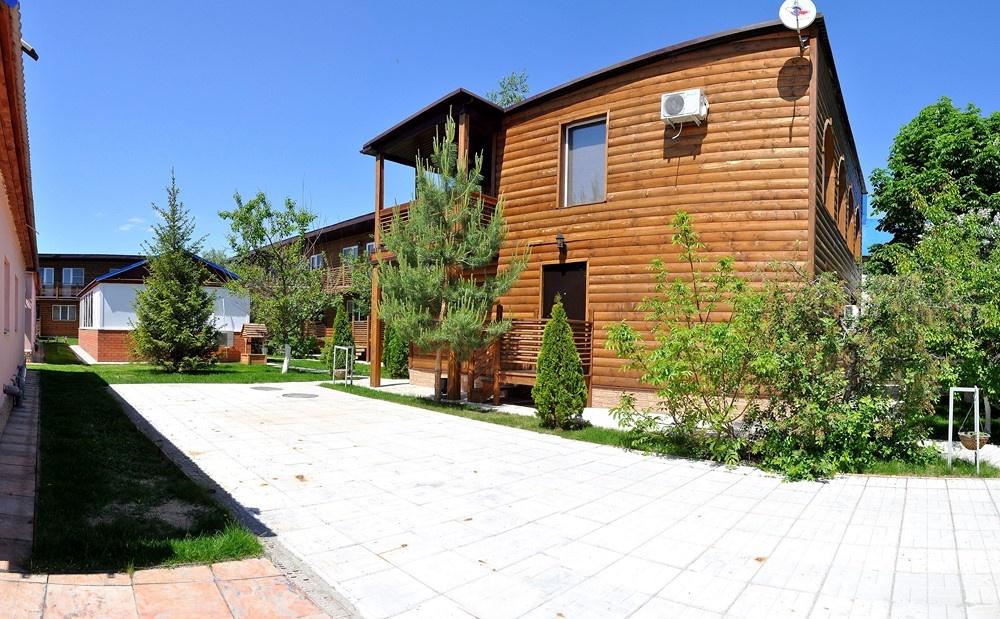 Турбаза «Лагуна» Саратовская область VIP-домик, фото 1