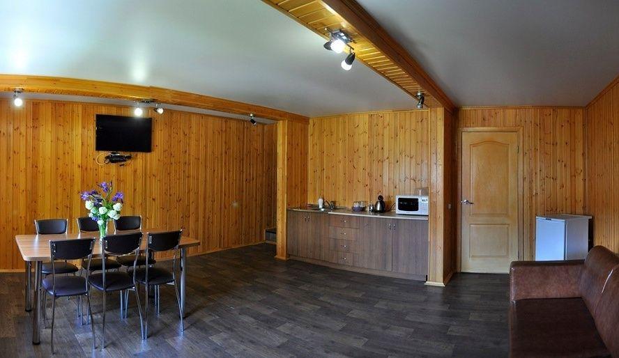 Турбаза «Лагуна» Саратовская область Домик 2-этажный, фото 8