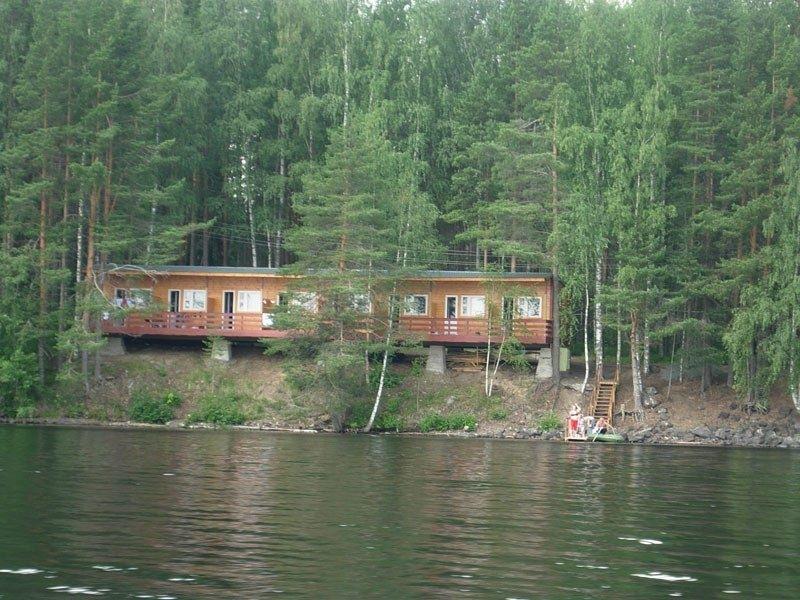 База отдыха «Кемпинг Сандал» Республика Карелия 2-местный номер в летнем корпусе А и Б, фото 1