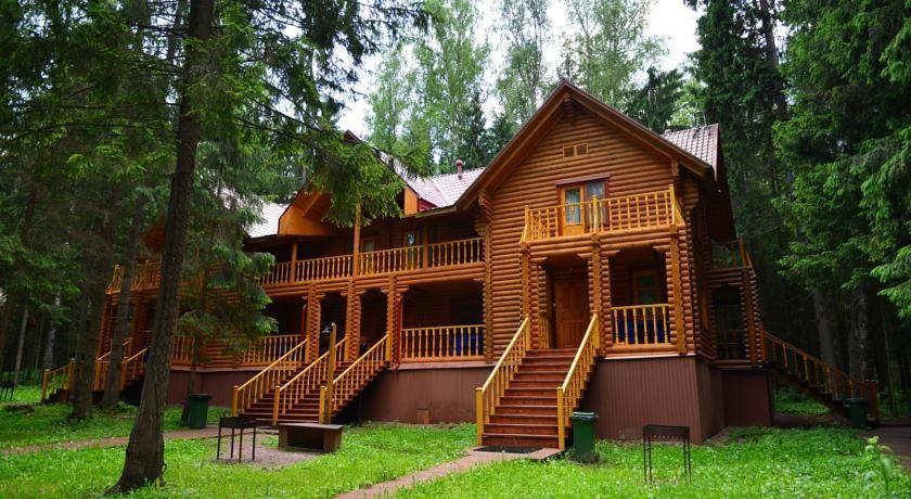 Дачный отель «Истра Holiday» Московская область Таунхаус с двумя спальнями и мини-кухней, фото 1