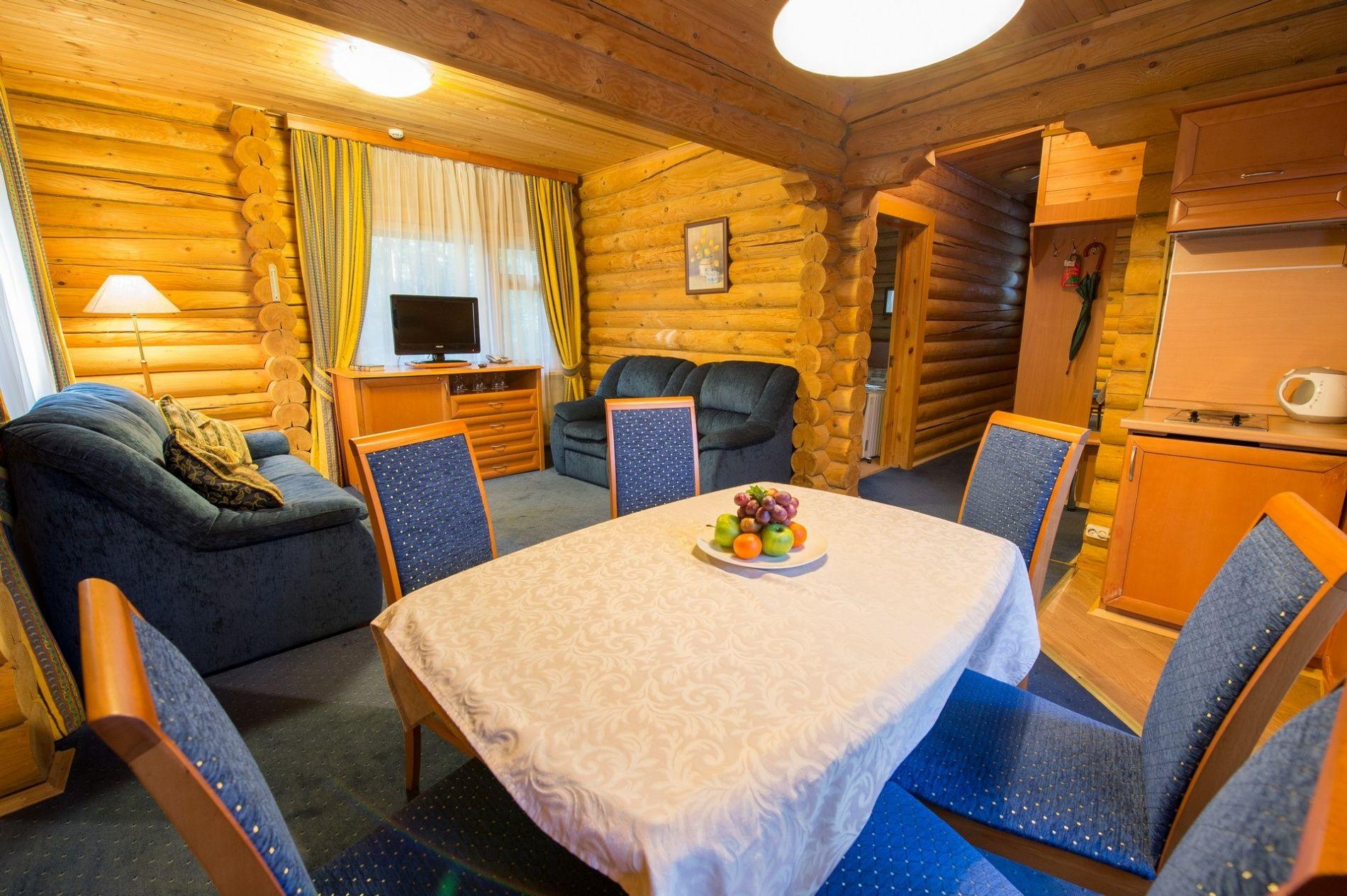 Дачный отель «Истра Holiday» Московская область Коттедж «Люкс» с мини-кухней, фото 3