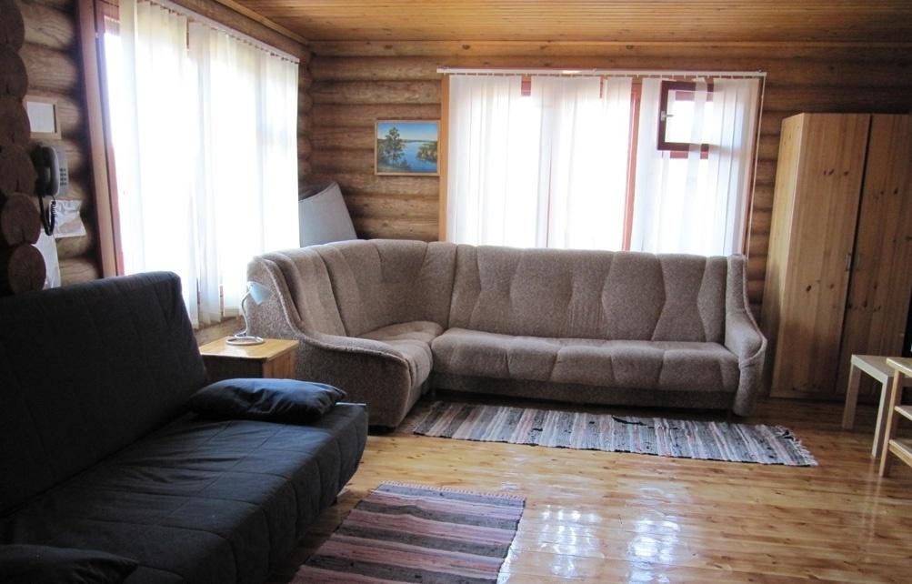 База отдыха «Лесное озеро» Республика Карелия Номер 4-местный в Гостевом доме, фото 1