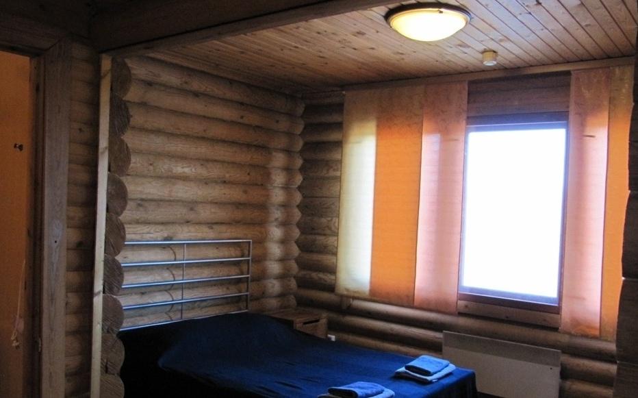 База отдыха «Лесное озеро» Республика Карелия Номер 2-местный (с телевизором) в Гостевом доме, фото 1