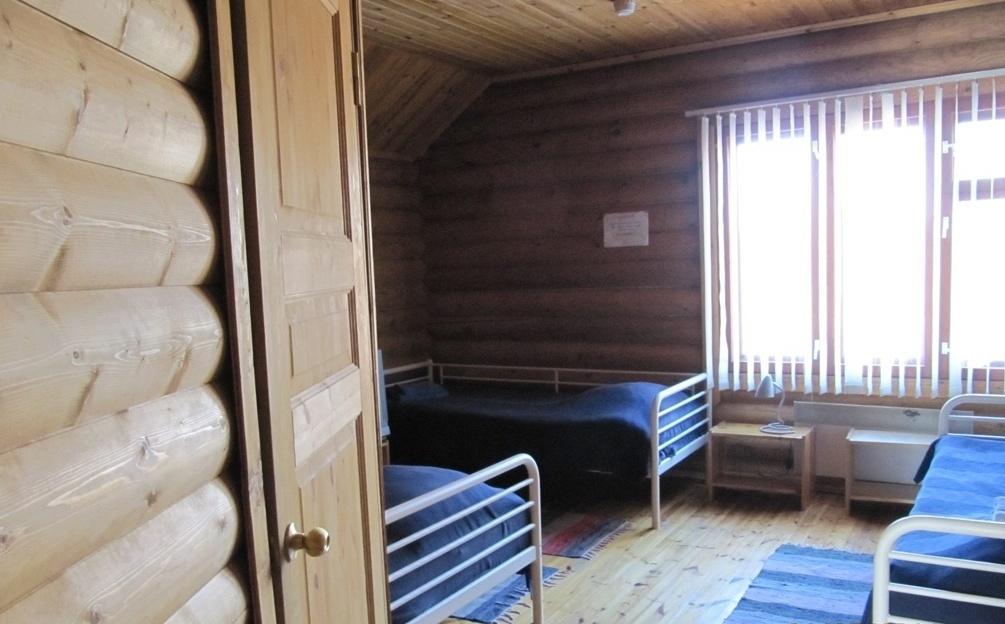 База отдыха «Лесное озеро» Республика Карелия Номер 3-местный в Гостевом доме, фото 1