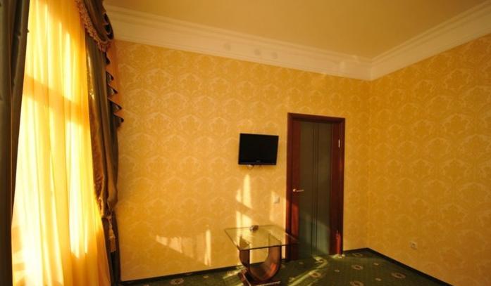 Гостиница Домбай Palace Карачаево-Черкесская Республика 4-х местный 2-х комнатный номер, фото 2