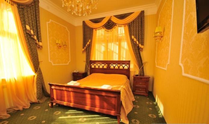 Гостиница Домбай Palace Карачаево-Черкесская Республика 4-х местный 2-х комнатный номер, фото 1