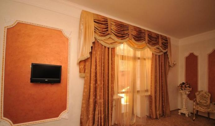 Гостиница Домбай Palace Карачаево-Черкесская Республика 3-х местный 2-х комнатный номер, фото 3