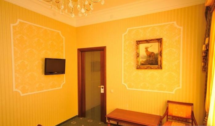 Гостиница Домбай Palace Карачаево-Черкесская Республика 4-х местный 2-х комнатный номер, фото 3