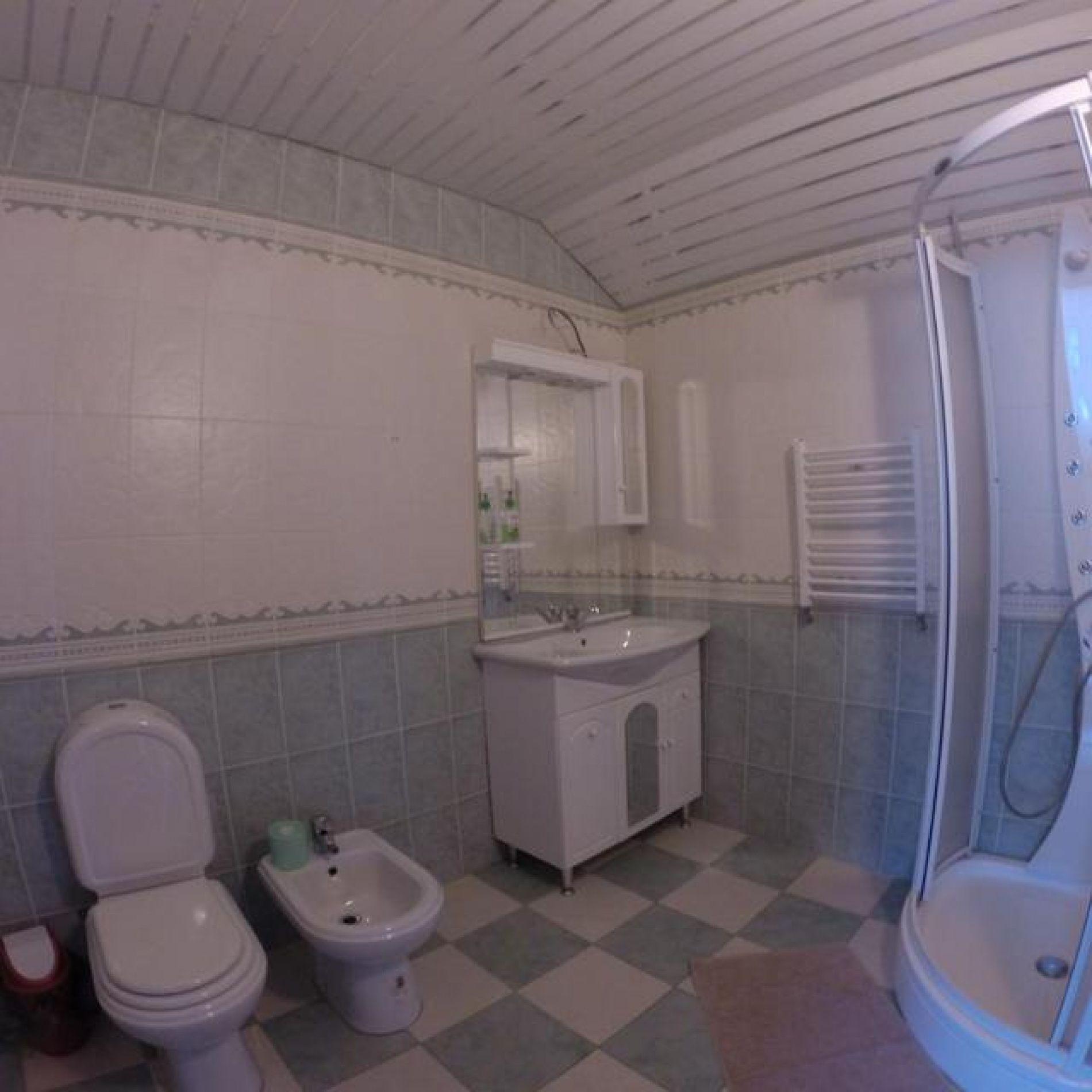 """Гостиница """"Гоначхир"""" Карачаево-Черкесская Республика Молодежный номер 2-х этажный, 2-х комнатный с камином, фото 4"""
