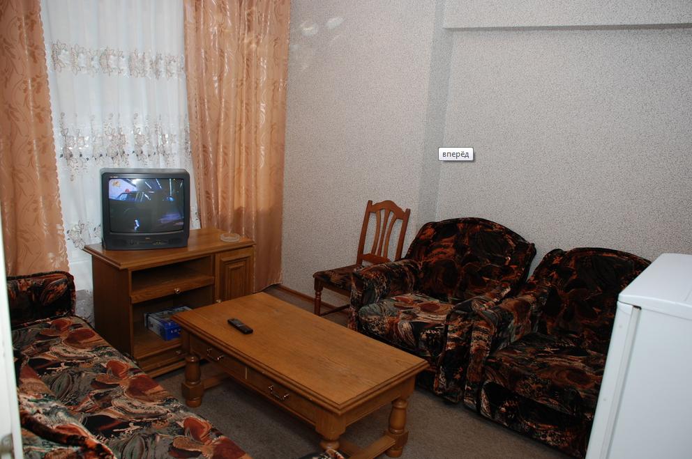 """Гостиница """"Горные вершины"""" Карачаево-Черкесская Республика 2-х комнатный номер """"Люкс"""" , фото 3"""