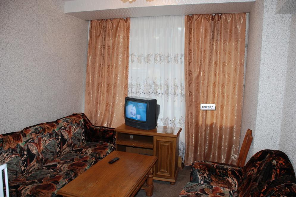 """Гостиница """"Горные вершины"""" Карачаево-Черкесская Республика 2-х комнатный номер """"Люкс"""" , фото 4"""